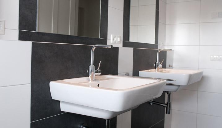 Badkamer verwarming airco badkamer ontwerp idee n voor uw huis samen met meubels - Badkamer meubilair ontwerp ...